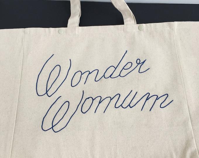 "Cabas ""Wonder Womum"" - Broderie Cornely"