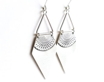 "Eye-catching silver earrings in a long arrowhead shape handmade by joining silver wire w/ overlay sheet in a sleek design - ""Freya Earrings"""