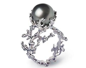 WHITE CORAL Tahitian Pearl Ring, Black Pearl Engagement Ring,  Gold Pearl Engagement Ring, Gold Pearl Ring, Tahitian Black Pearl Ring