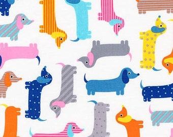 Urban Zoologie Weenie dogs,  Dachshund dogs, by Ann Kelle for Robert Kaufman - 1 Yard