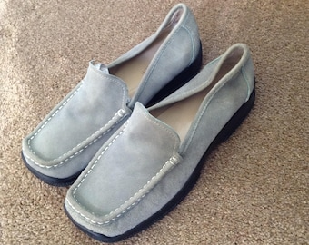 REDUCED! Anne Klein sage green soft suede loafers 8 1/2 M