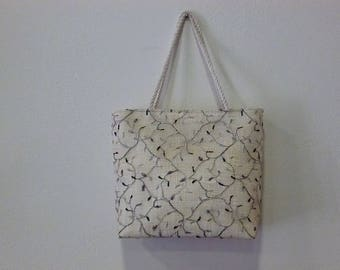 Grey and black ceremony off-white, white sisal tote bag