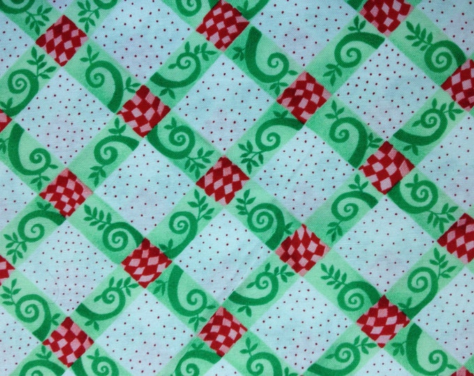 Green Lattice 100% cotton fabric, sold by the yard  #406