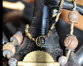 Brassnecklace, african, with wood and glass beads and toggle clasp