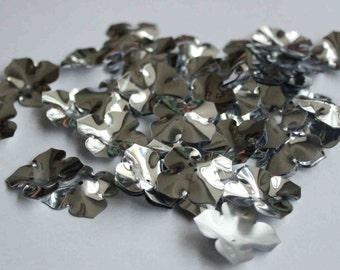 25 pcs Shiny Silver Color Flower Sequins/KBBF509