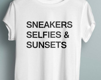 Blogger Shirt, Travel shirt, Gift For Traveler, Traveling Tee, Adventure Shirt, Shirt For Traveler, Gift For Traveler,fashion tshirt