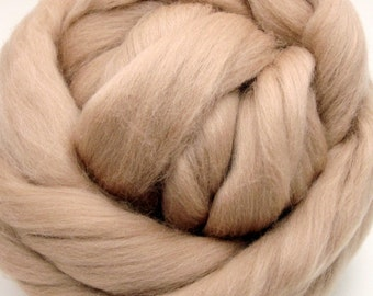 4 oz. Merino Wool Top - Latte