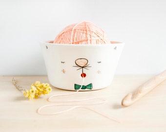 Ceramic cat yarn bowl with face, Cat yarn bowl, Ceramic Kitty Knitting bowl, Ceramic Crochet bowl, Ceramics and pottery, Yarn bowl with face