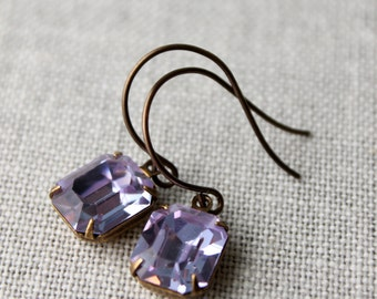 Alexandrite Purple Vintage Swarovski Rhinestone Earrings / Pale Purple Earrings /Victorian Style Earrings / Swarovski Crystal Earrings
