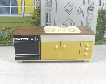 TOMY KITCHEN UNIT, Plastic Sink, Dishwasher, Storage, 1970's, Smaller Homes & Garden, 1:18 Scale, Vintage Miniature Dollhouse Furniture