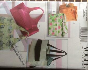 Vogue - summer handbags