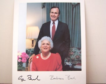 Vintage 1990 George and Barbara Bush Presidential Photo, Official White House Portrait, with certificate from Congressman Guy Vander Jayt