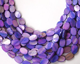 Strand Mother Of Pearl Flat Oval Shell Beads Purple Mauve Size 15 x 10mm QTY approx 26 beads