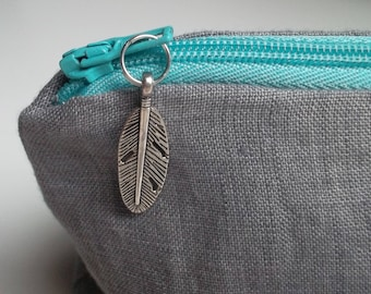 Toiletry bag / grey linen pouch lined
