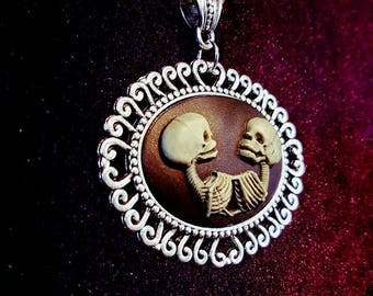 Siamese Twins Necklace - American Horror Freakshow creepy goth gothic siamese twins horror