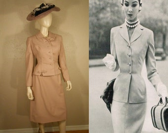 Catching a Train from Penn Station - Vintage 1950s Mauve Pink Wool Suit w/Bejeweled Detail - 2/4
