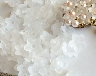 60pcs 10x4mm Acrylic Frosted flower Beads Charms,Acrylic flower white,white flower Charms,Resin flower Beads,Semi Translucent With Hole