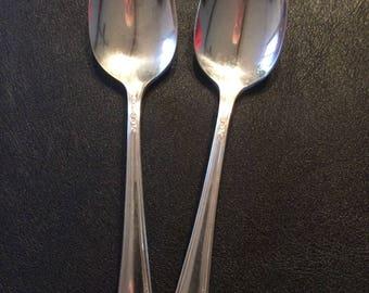 2 Teaspoons Onida Tudor Plate Queen Bess Pattern