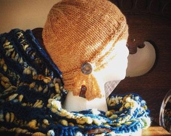 The Lunamuse Cowl with Moebius Twist handspun art yarn/viscose/silk/acrylic