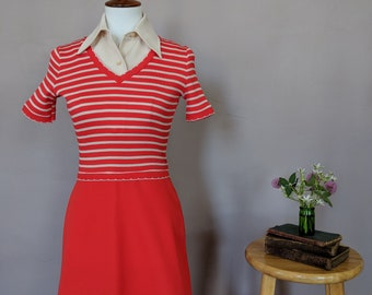 Vintage Striped Dress with Removable Collar