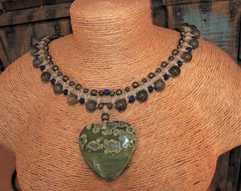 Macrame necklace of linen, orbicular Jasper heart pendant and labradorite beads