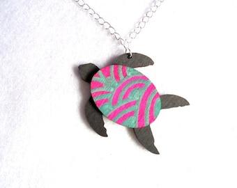 Chain, sea turtle (205)