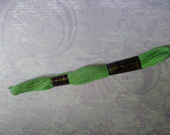 1 skein of lime green yarn 100% cotton 8 m