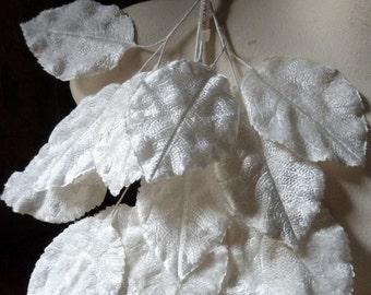 SALE 18 IVORY Leaves Large Vintage Leaves Velvet Japanese for Bridal, Boutonnieres, Millinery, Costume Design ML 71