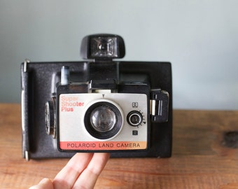 Vintage 1970's Polaroid Super Shooter Plus Land Camera with Original Case & Manual