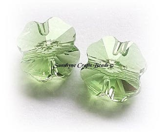 Swarovski Crystal Beads 4 Pcs 5752 PERIDOT Clover Faceted Bead - Sizes 8mm & 12mm Available