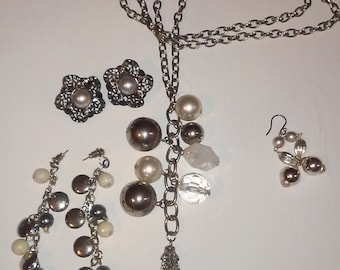 Necklace  earring Set Vintage