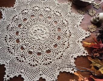 """Crochet doily, pineapple lace doilie, 14 1/2"""""""