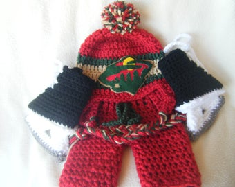 Crocheted Inspired Minnesota Wilds Hat, Short Pants & Hockey Skates Booties Set These Are Made to Order