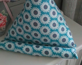 Blue Daisy IPad, Tablet, Kindle, Cushion, book Stand, hospital friendly,hospital,camping