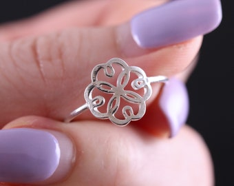 Sterling Silver Flower Ring, 1mm Thin Silver Ring, Silver Floral Ring, Silver Rings, Sterling Silver Ring, Small Flower Ring, Flower Silver