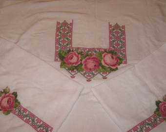 "Women's blouse-embroidery ""Roses"""