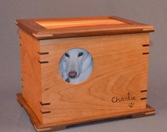 keepsake box, memorial urn