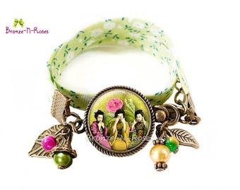 Geisha Japan pink green cabochons glass costume jewelry flower bracelet