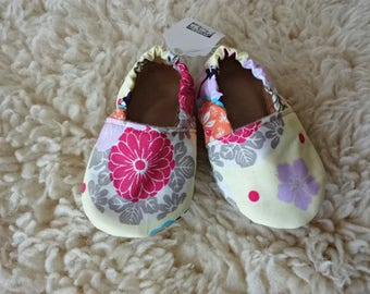 Japanese inspired baby booties