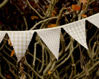 Mini Bunting in Biege and Cream Gingham Check. Perfect for weddings, Baby Showers bedrooms photo shoots, choose your own length from 1 metre