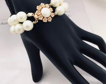 1960's Faux Pearl Bracelet