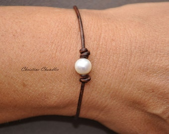 Pearl and Leather One Pearl Bracelet - Pearl and Leather Jewelry Collection
