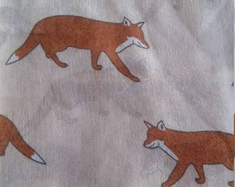 scarf with Fox cream white