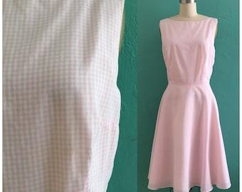 vintage pink gingham dress // pink spring shirtwaist dress