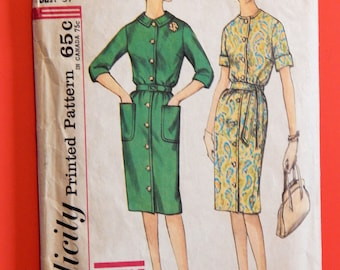 Vintage half size 'slenderette' pattern Simplicity 4559 Simple to make belted dress pattern Size 16.5