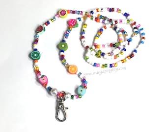 Tutti fruchtig Schlüsselband, Obst Perlen und hell Farben Rocailles. Ausweisinhaber. Lehrer, Schule Geschenk, Krankenschwester-Geschenk