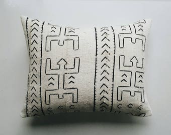 White and Black Mudcloth Pillow Cover -  Modern Bohemian Tribal Throw Pillow - African Textile