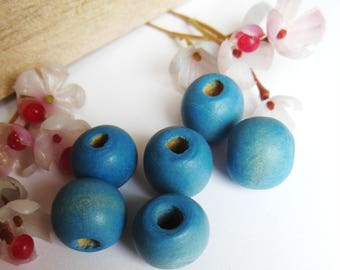 set of 6 round blue wooden beads