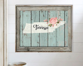 SALE-Farmhouse Barn Wood Tennessee State Welcome Friends Digital Print-Wall Art-Digital DesignsHome Decor-Gallery Wall-Typography-Welcome