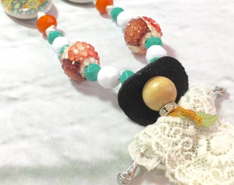 Fashion girl. Kids jewelry. Mint. Coral. Gold. Cowgirl. Gift for girls. Big bead necklace. Birthday party. One of a kind. Hat.